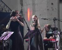 Katarina Malikova z zespołem
